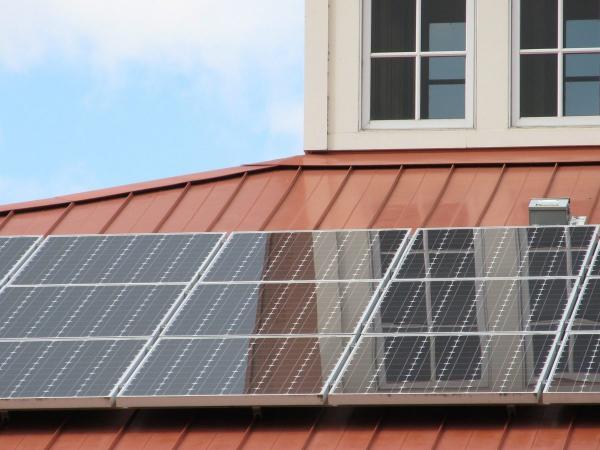 疫情期间,2020年仍是美国家用太阳能储能破纪录的一年