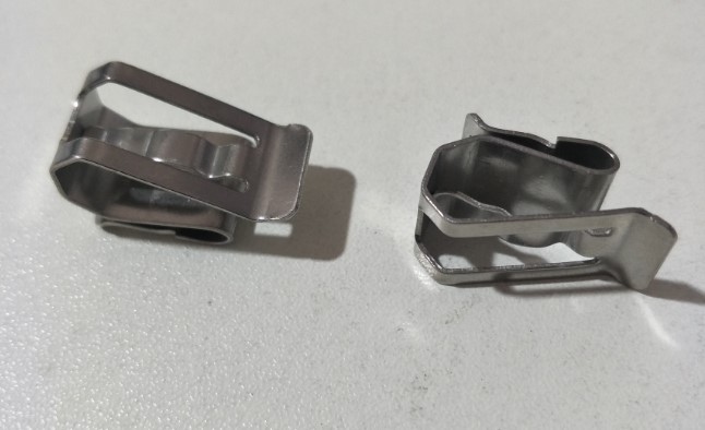 cable clip-1.jpg